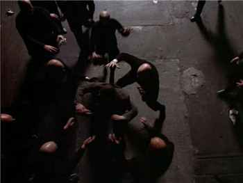 Nosferatu destroy Brujah who sired Sasha