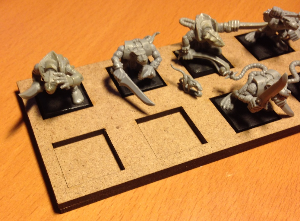 Rob/'s Warhammer Movement Trays